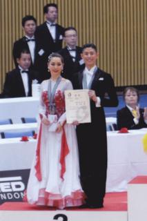 森白赤ドレス3.jpg