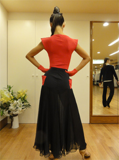 redblackdress2.jpg